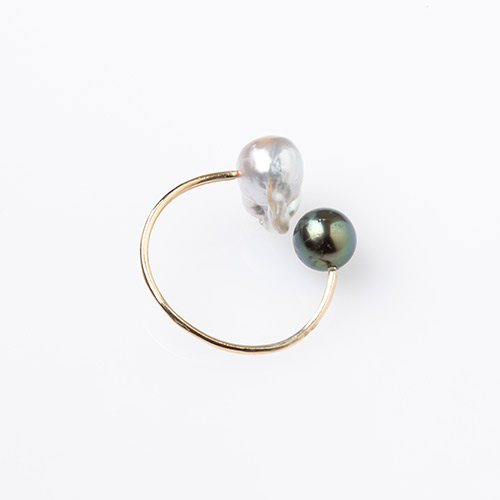 2 Color Pearl Ear Cuff